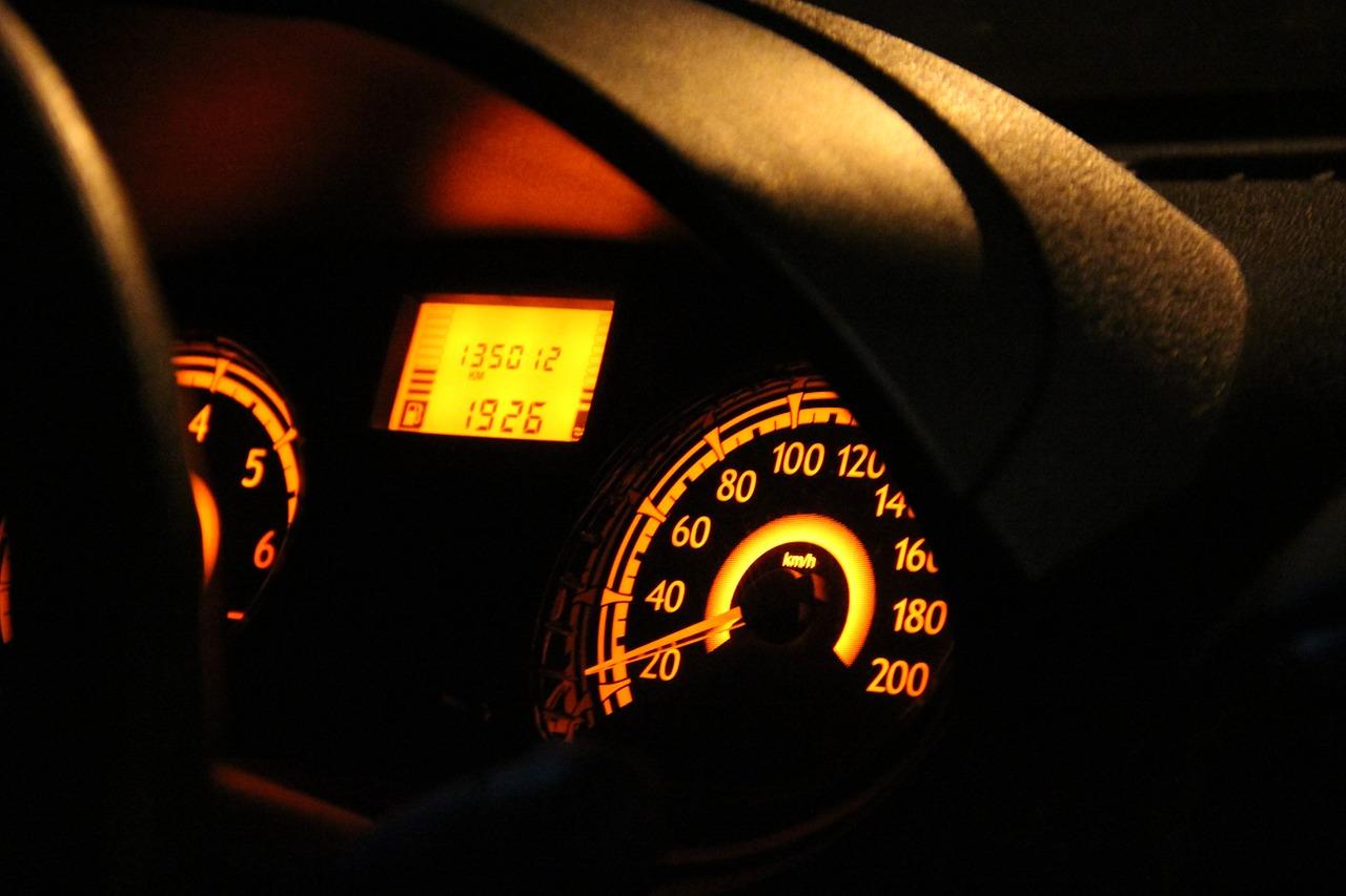 car-896921_1280
