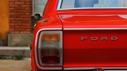 car-962155_1920